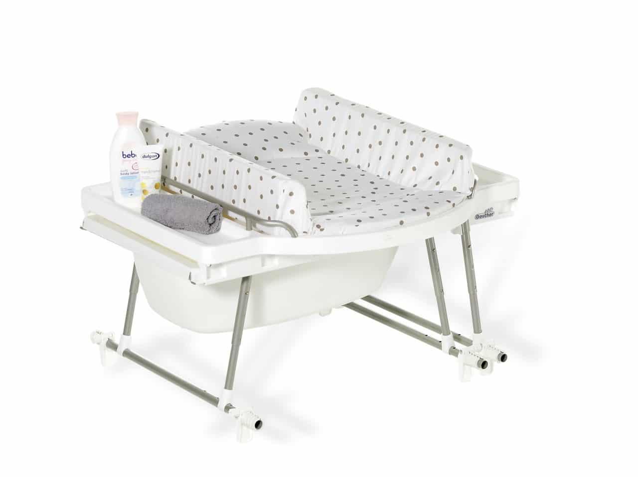 Table langer avec baignoire laver et changer son b b - Table a langer en bois avec baignoire ...