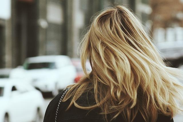 Punaise de lit dans les cheveux