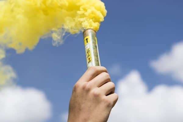 fumigène à main